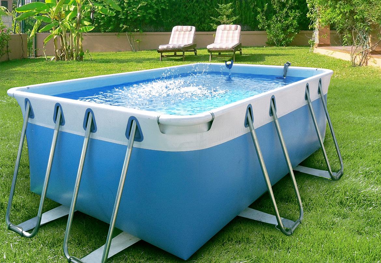 Manutenzione piscina trattamento acqua pulizia ph e molto altro