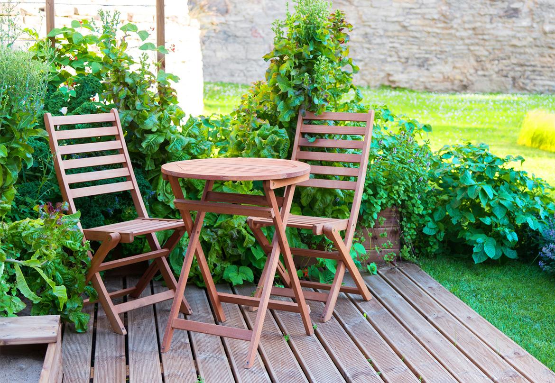 Come arredare un piccolo giardino idee fai da te for Arredare un piccolo giardino