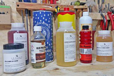 diversi tipi di olio per legno