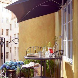 arredare balcone mobili