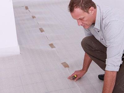 imbiancare casa pareti protezione pavimento